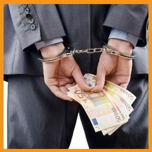 Il direttore di banca di Carige che rubò un milione di euro dal bancomat della sua filiale è stato condannato